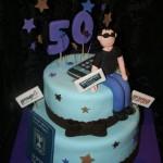 עוגה לגיל 50 , עוגות למבוגרים , עוגות מעוצבות למבוגרים , עוגות לאירועים , עוגות מעוצבות לאירועים , עוגות מבצק סוכר , עוגות מעוצבות מבצק סוכר , דנהלה עוגות מעוצבות , עוגות יום הולדת למבוגרים