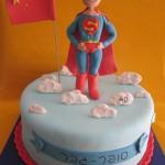עוגות לבנים , עוגת סופרמן , עוגות יום הולדת